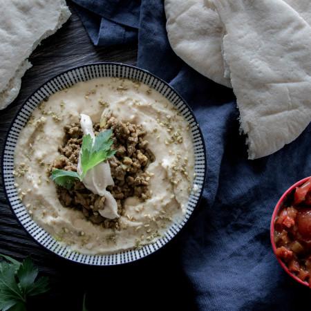 Hamshuka - Hummus mit Hackfleisch